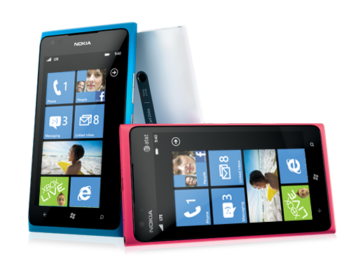Nokia Lumia 900: Image from Microsoft Store